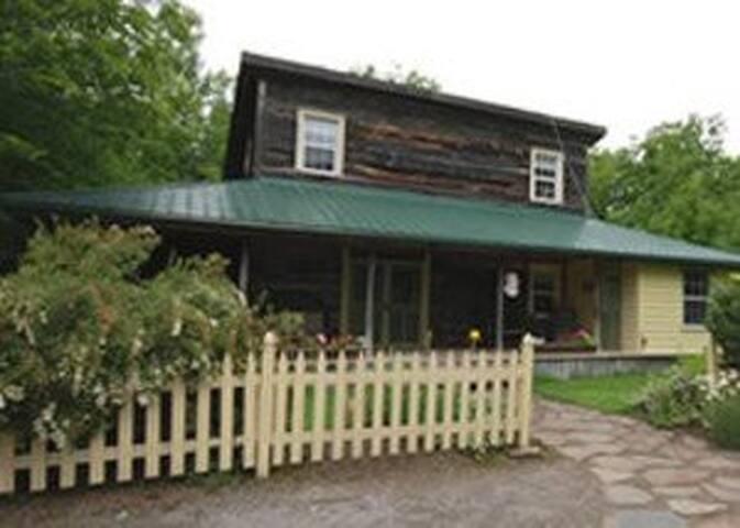 Garden Cottage at River Run