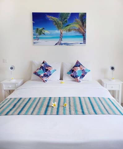 TROPICAL GUEST HOUSE IN THE HEART OF SEMINYAK