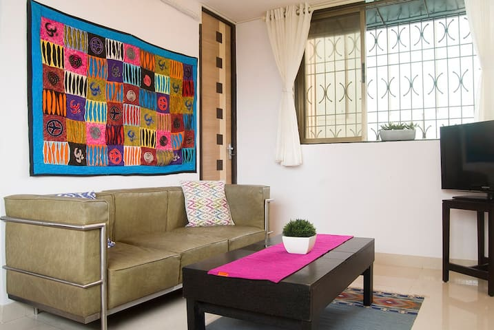 """Living room with 32""""LCD TV and wifi"""