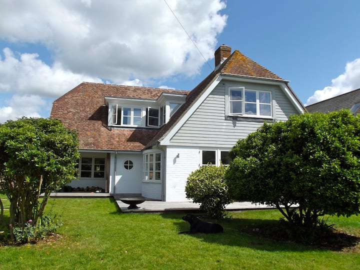 West Wittering - cosy, stylish house near beach