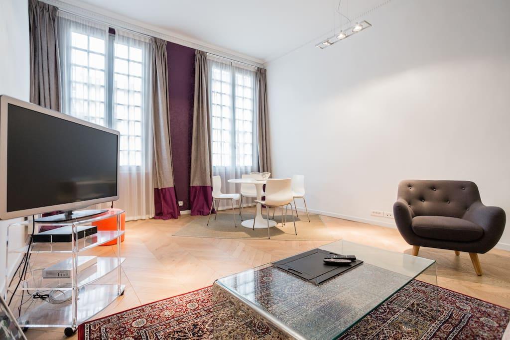 Tr s bel appartement design de 60m2 appartements louer for Appartement 60m2 design