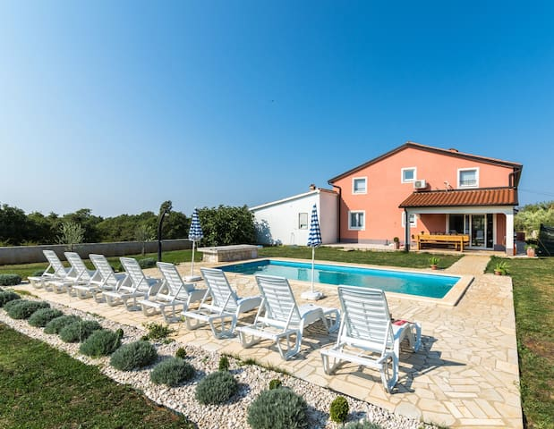 Villa Roza - Porec, pool up to 12 people - Vošteni - House