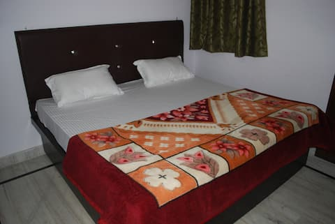 TajMahal Home Stay