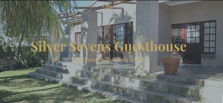 Silver Sevens Guest House Selborne