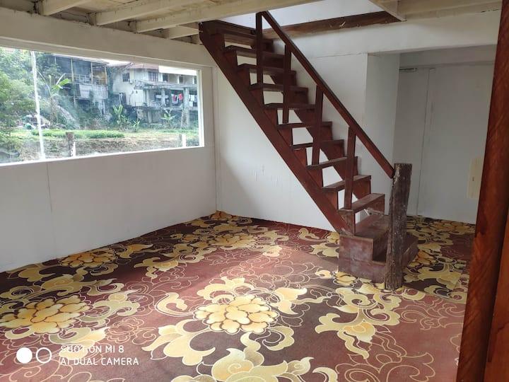 老挝小桂林景区法国街玛尼雅宾馆