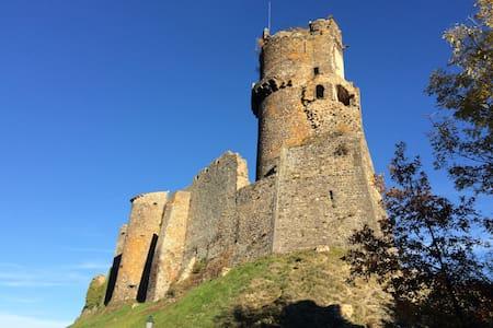 Gîte au calme à Volvic en Auvergne - Volvic