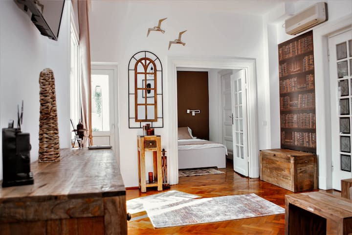 Athenee Cozy Apartment in the heart of Bucharest