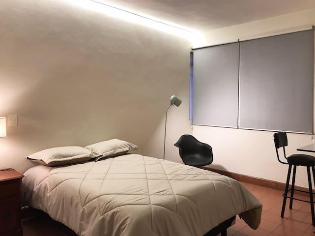 Amplia habitación en Zona Centro de Guadalajara
