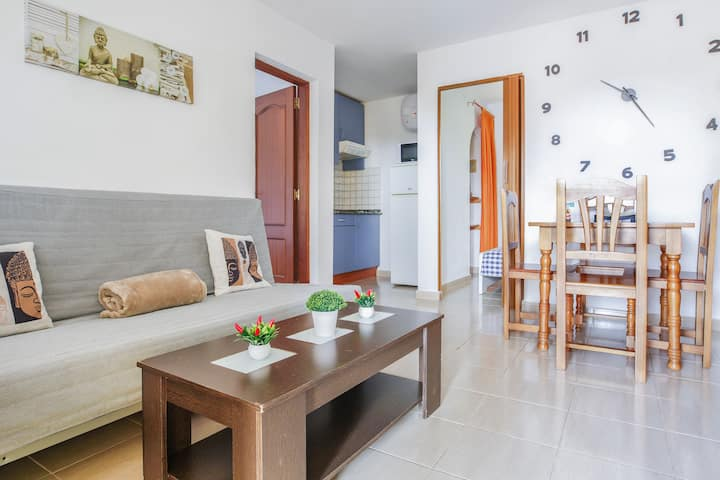 Cosy Bungalow in Costa Calma Close to Beach with Wi-Fi & Patio; Parking Available