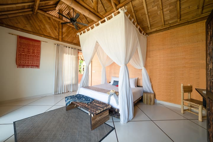 Deluxe Guest Rooms at Maringi Eco Resort by SHF