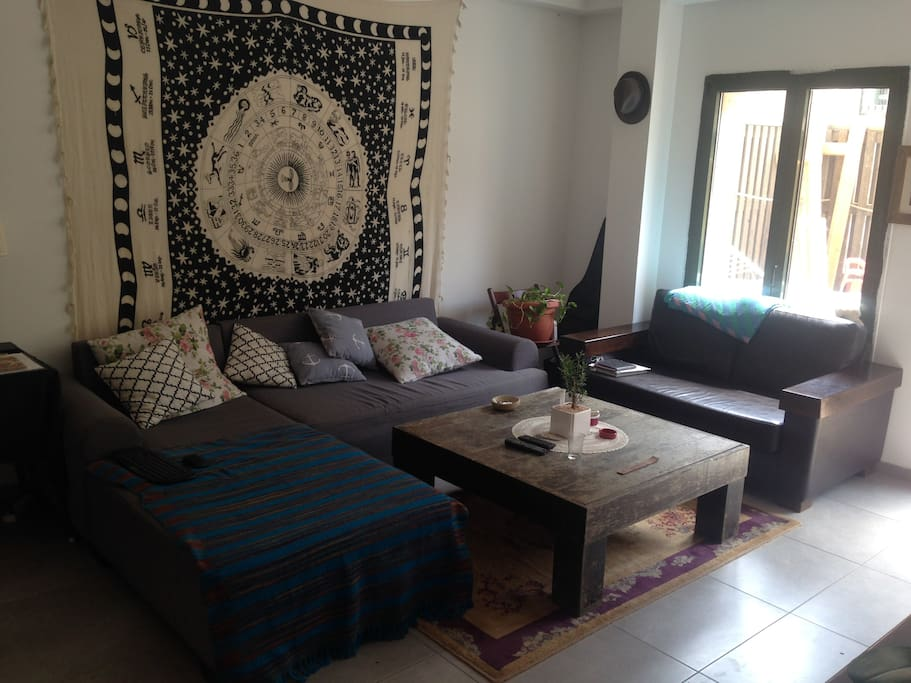 Beautiful Sunny Apartment in North Jaffa