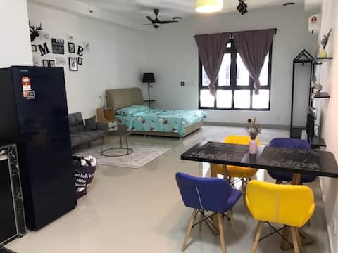 Nearby LEGOLAND【RM6x】Medini Ramada STUDIO Suites