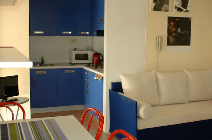 Apartment on the beach + Parking + Sunbeds - Lido di Jesolo - Apartamento