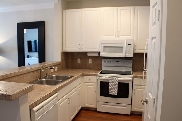 Kitchen fully stocked!