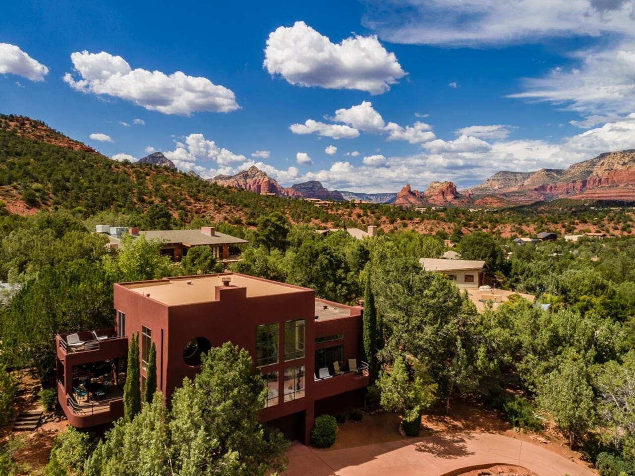 Uptown Sedona with 240 Degree Red Rock Views!