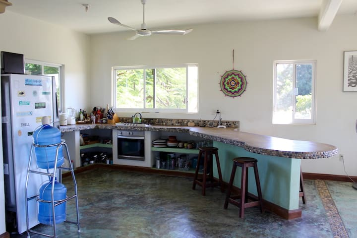 Private room/cuarto in La Punta-Puerto Escondido B - Brisas de Zicatela - House