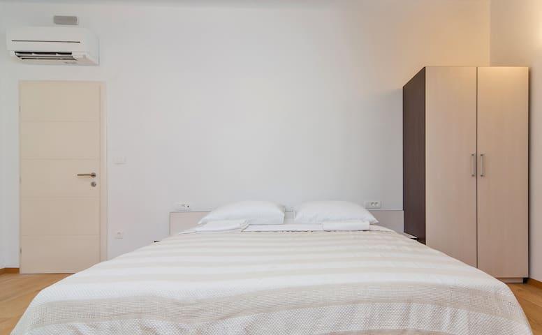Double Room in Villa - Slano - Flat