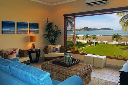 Gaily's Dream- Playa Flamingo - Potrero