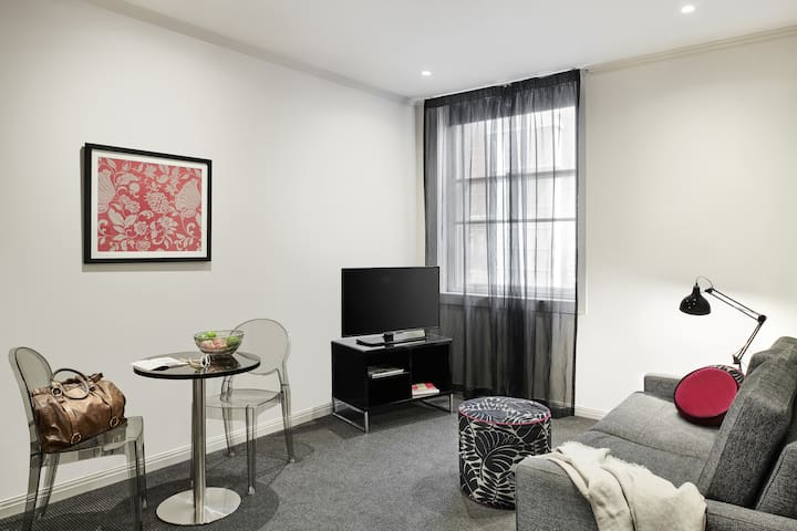 Flinders Lane 14 nights - Studio Apartment