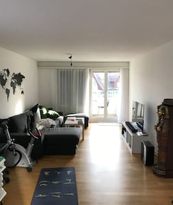 spacious 1 bedroom apartment