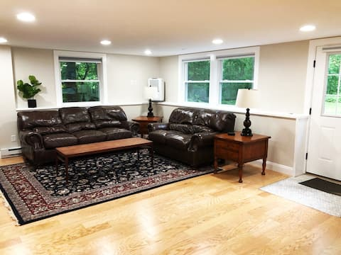 Large Private & Clean Apartment