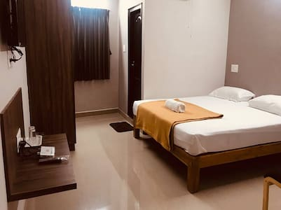 Large Twin Room at Somwarpet Karnataka