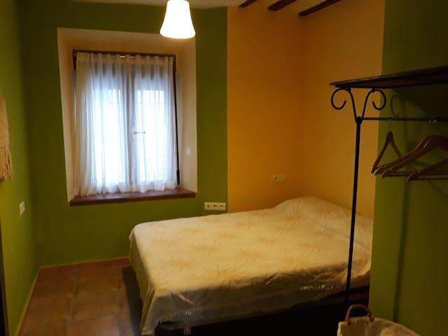 Habitación 1 cama matrimonio