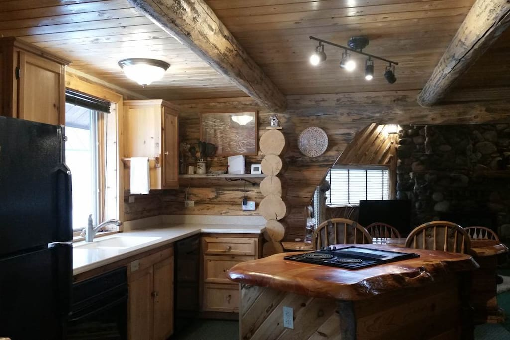 burley bear cabin wifi hot tub sleeps 8 cabins