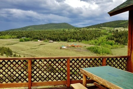 2BR Cabin in Ranch of the Rockies - Hartsel