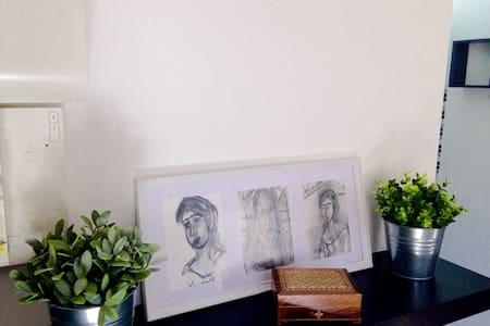 Studio Nancy centre rue Jeannot - Nancy - Apartment - 2