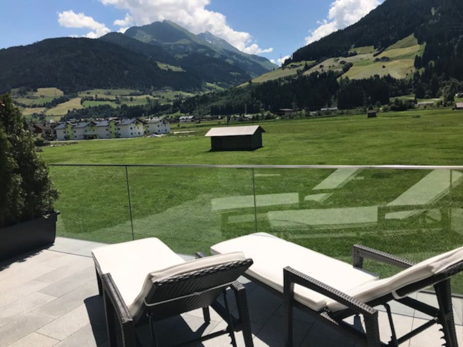 Terrasse - traumhafter Panoramablick