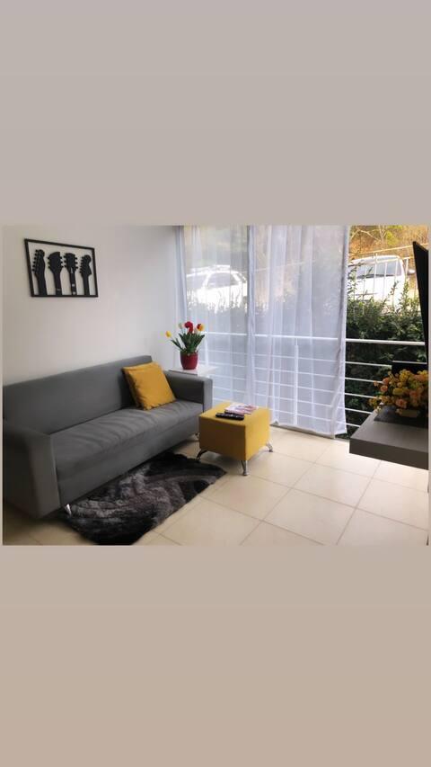 Apartamento,Confortable,fresco&economico!