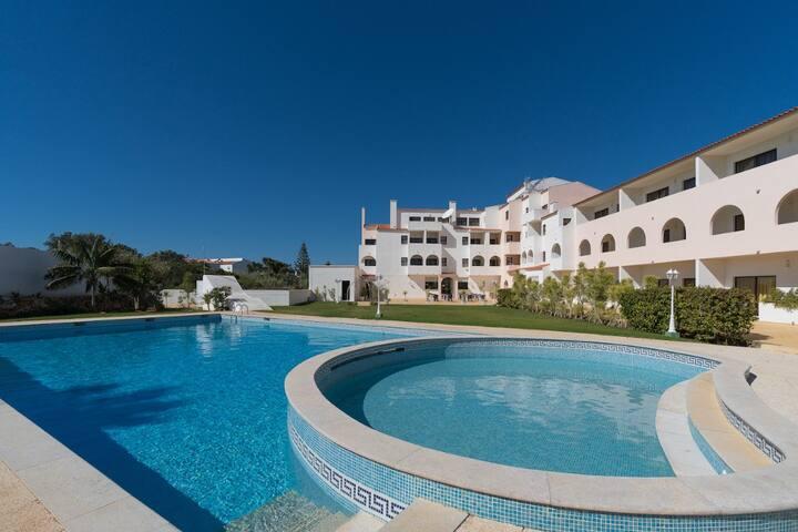 Parry 6D Studio, Sagres, Algarve