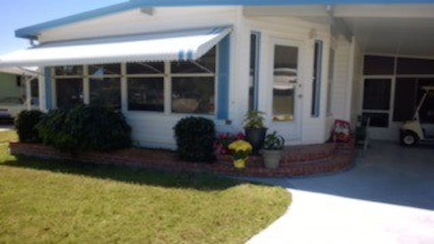 55+ Resort Community Winter Rental - Ellenton