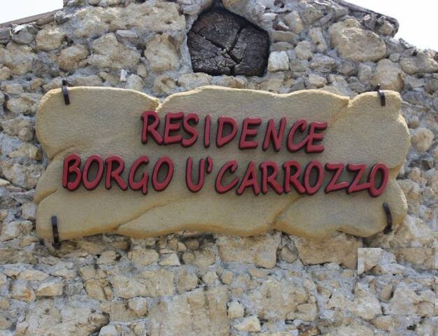 Borgo U' Carrozzo (Casa 2) - Rodì - Hus