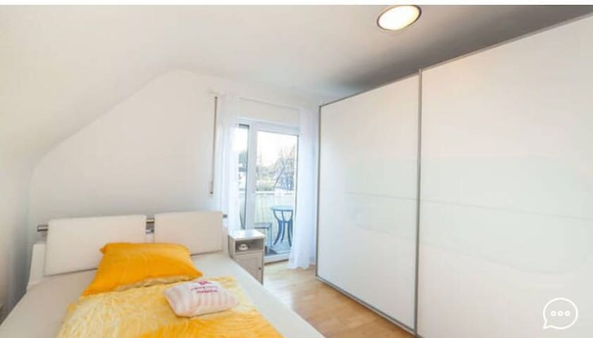 Bright modern Apartment near City Center - Nürnberg - Pis