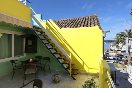 Old-town apartment few steps from the sea - Byt