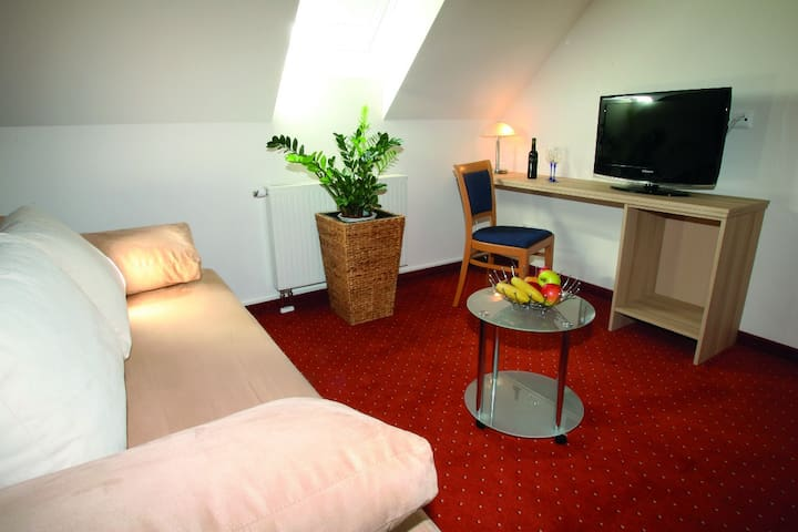 Kunst-Apartments Burgauberg-Stegersbach - Stegersbach - Serviced apartment