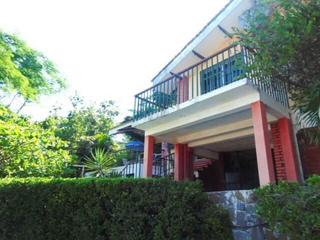 Rancho El Encanto - Xanadu - La Libertad Department - Talo