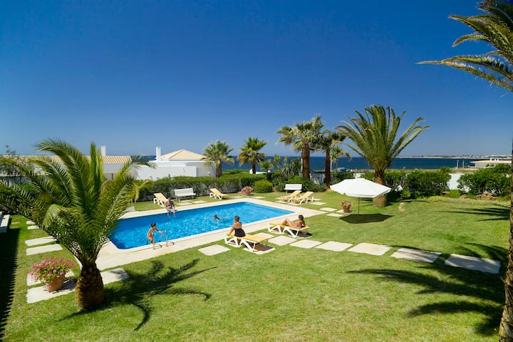 Villa Ventos do Mar I - Delightful 3 bedroom villa with stunning sea views!