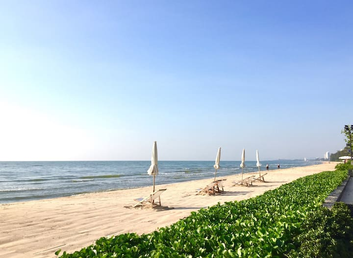 Luxury Beachfront Condo near Hua Hin