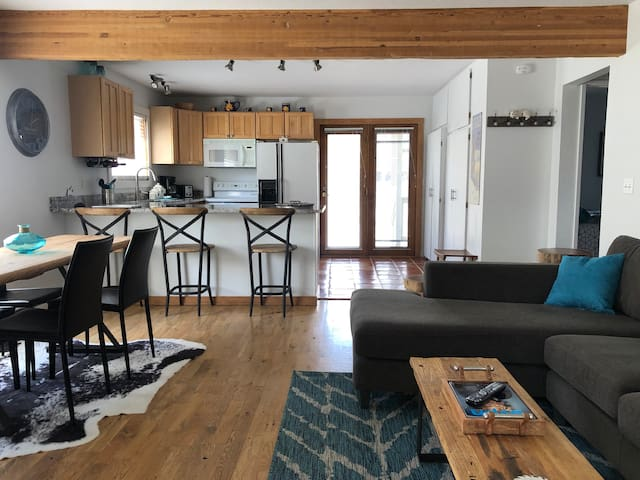 Sunny convenient Ketchum -Sun Valley Condo