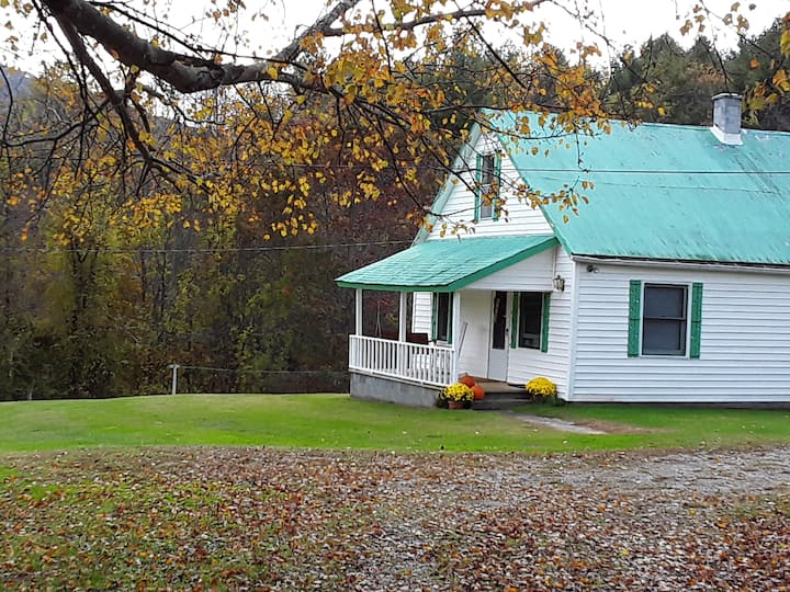 Promise Kept Farmhouse near Blue Ridge Parkway