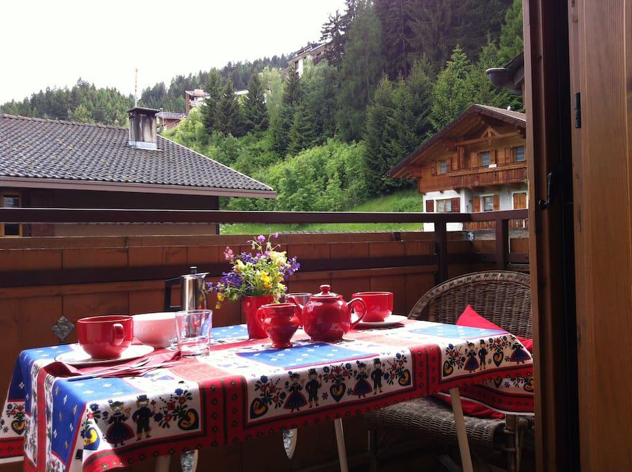 Casa silenziosa con vista montagne appartamenti in for Piani casa in stile artigiano 2 camere da letto