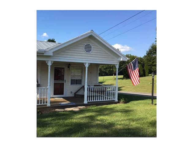 The Cottage in Historic Blountville
