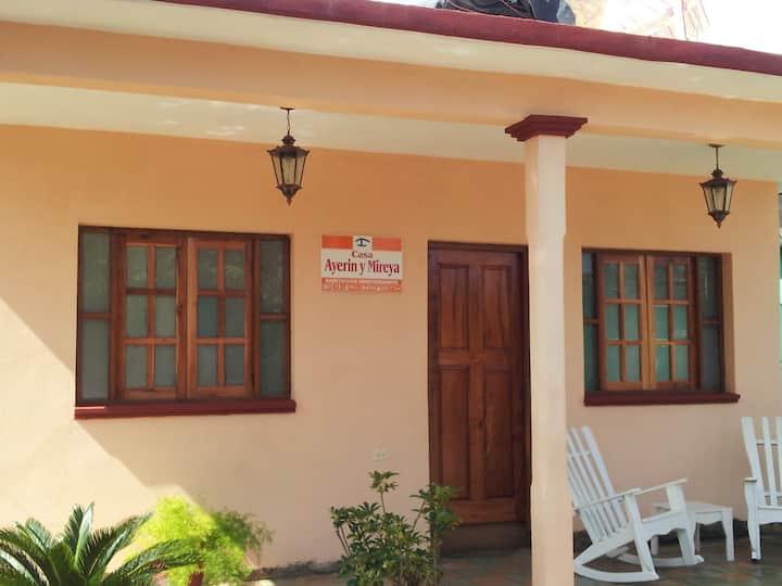 Casa Ayerin y Mireya