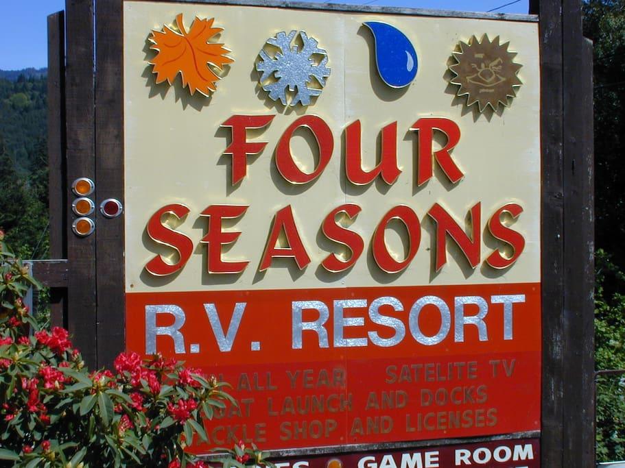 Four Seasons RV Resort Guest Cabin 33