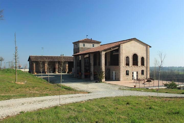 """In una torre antica la suite """"Armonia"""""""