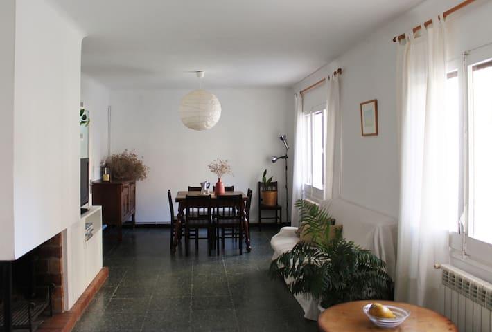 Casa amb terrassa al centre