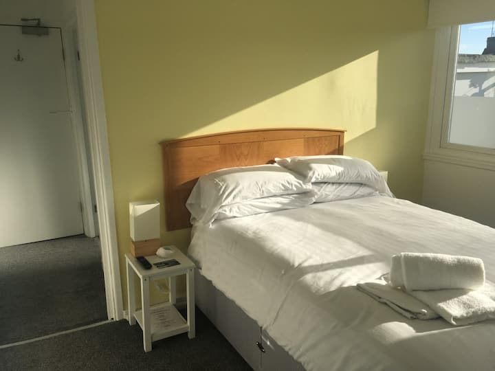 Deluxe Ensuite Double room at the Hotel Sea Breeze